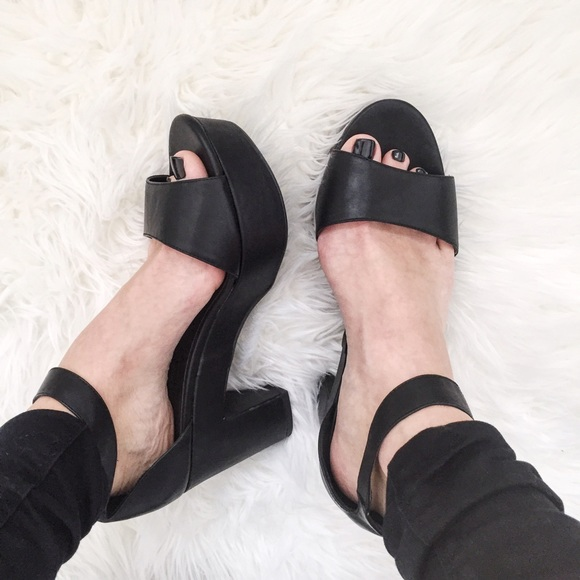 eb8a095c1df Wide Fit Chunky Ankle Strap Heels. M 573130a5291a351f3c00b056