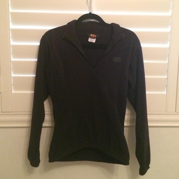 9dff995a3 REI black half zip fleece jacket