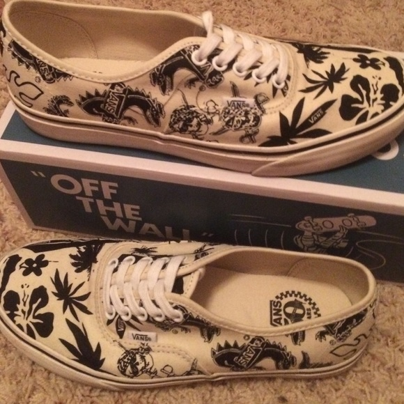 851a4a3c2f4 Authentic Collector Edition 50th Anniversary Vans