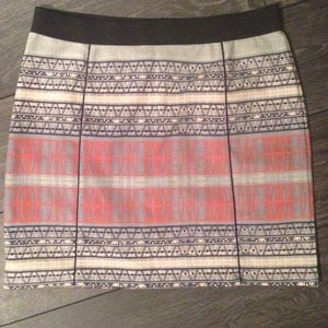Pattern print mini high waisted skirt