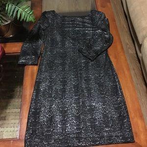 Snak pattern dress