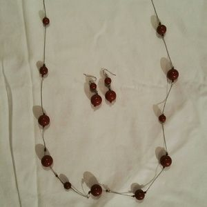 Vanity Jewelry - Matching set / burgundy & silver earrings+necklace