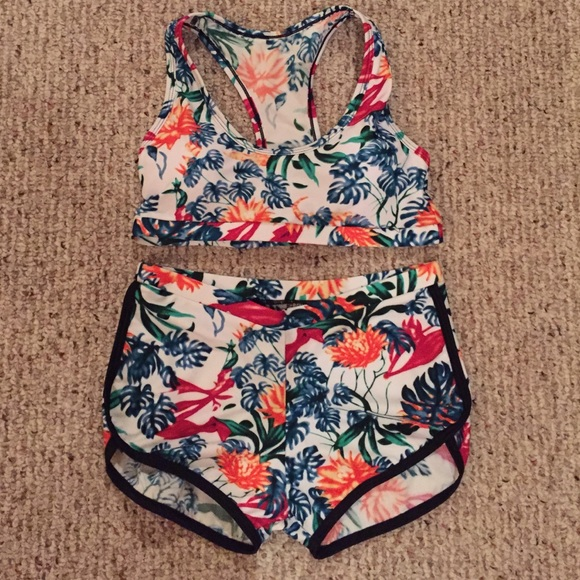 2c44d324 two piece set (crop top + dolphin shorts)