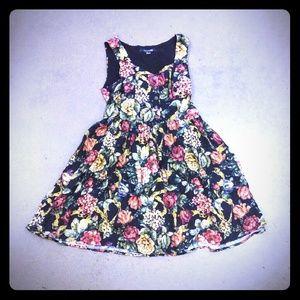 2/10 Forever 21 Floral summer sun Dress L