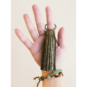 ellebee206 Accessories - Cracked Gold Tassel