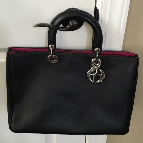 Dior Bags   100 Authentic Large Issimo Bag   Poshmark 2aaf07c99a
