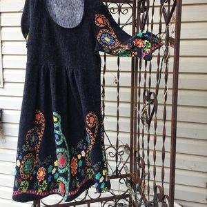 AZTEC design gray dress colorful designs EUC.