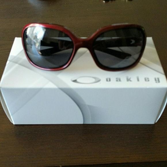 af3a006cc7f Womens oakley pulse sunglasses. M 57325fc45a49d05a5100657f