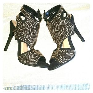 N.Y.L.A. Shoes - Nyla's Gold Studded Evening Heel
