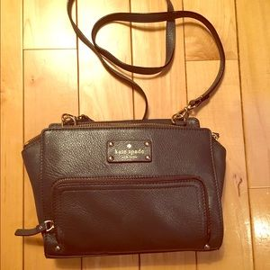 kate spade Handbags - Authentic Kate Spade crossbody