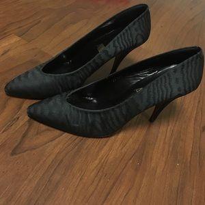 Black Vintage Heels !