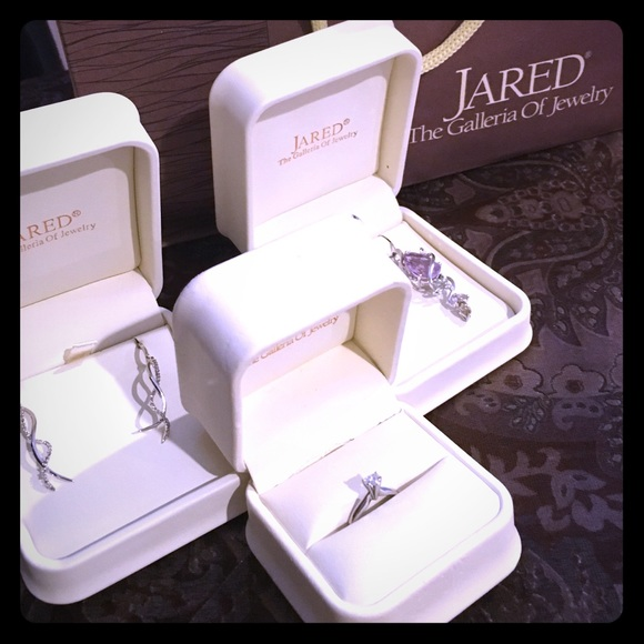 Jared Jewelry Ring Necklace Set Of Earrings Poshmark