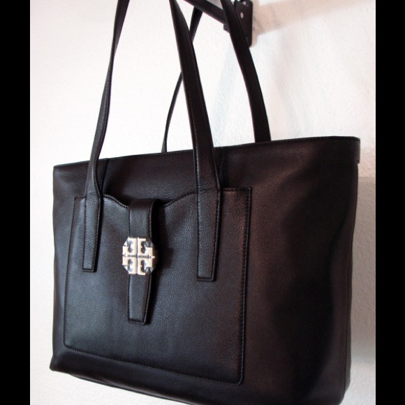 a077a327ec79 New Tory Burch Meyer Plaque large Tote Black