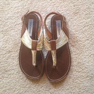 Steve Madden Sandals 6