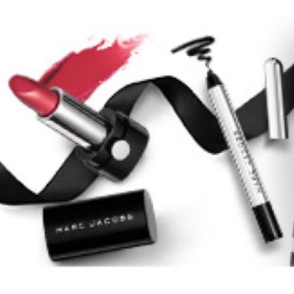 Sephora Marc Jacobs Bday Gift Mini Set