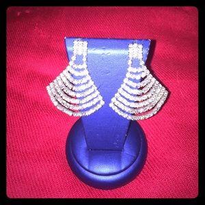 Vintage Jewelry - 👂🏼Vintage, Chandelier Earrings👂🏼FINAL DROP