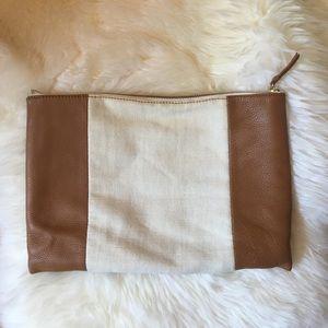 GAP colorblock clutch
