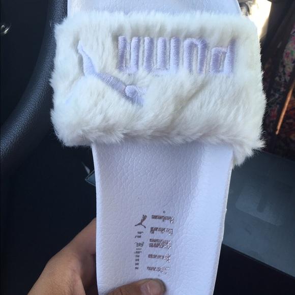 4466ea363914 Puma leadcat fenty Rihanna fur slides