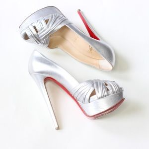 100% Authentic Christian Louboutin Aborina Pumpsn