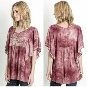 NEW | THE AURORA CO. | embroidered top