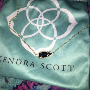 Black Kendra Scott Skylie Necklace