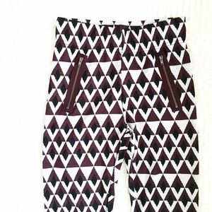 | new | geo patterned leggings