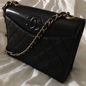 Vintage Chanel flap purse