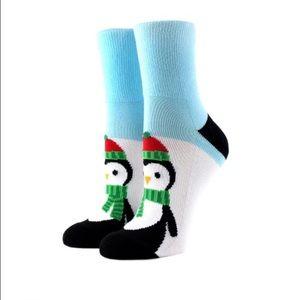 Arthur George Accessories - AG by Rob Kardashian Penguin 🐧 Socks. 🎅🏻🎁