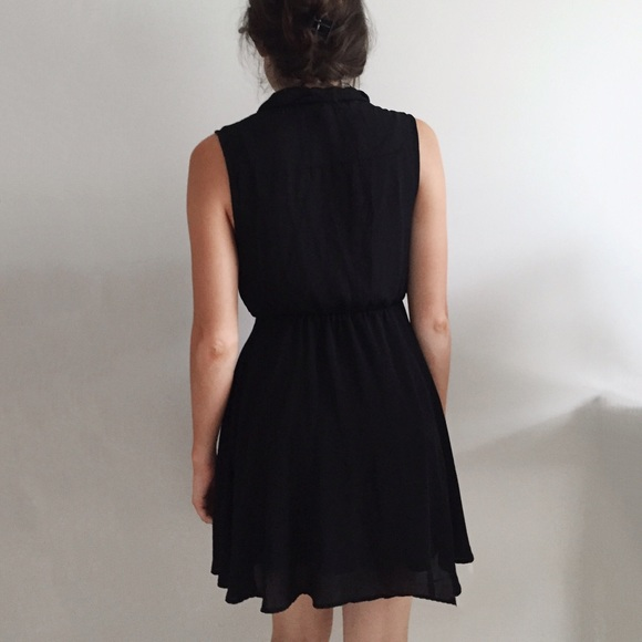 H&M Dresses - H&M Black Work Dress
