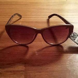 Accessories - Nude Sunglasses