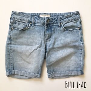 Bullhead Pants - Light Wash Denim Shorts