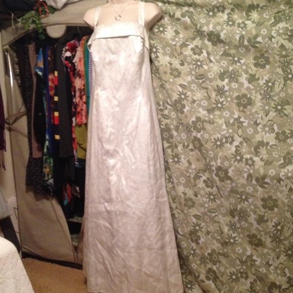 6e309f8a1d3 Onyx Nite Silver White   Silver Formal Dress 22W