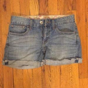 UNIQLO Pants - Uniqlo jean shorts