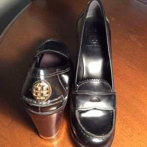 Tory Burch High Heel loafer pump black size 8