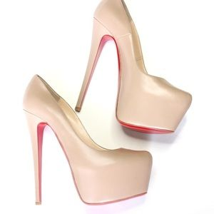 100% Authentic Christian Louboutin Daffodile