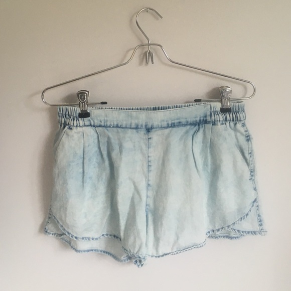 72% off American Eagle Outfitters Pants - Flowy jean shorts from ...