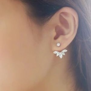 Jewelry - Sparkling Ear Jacket