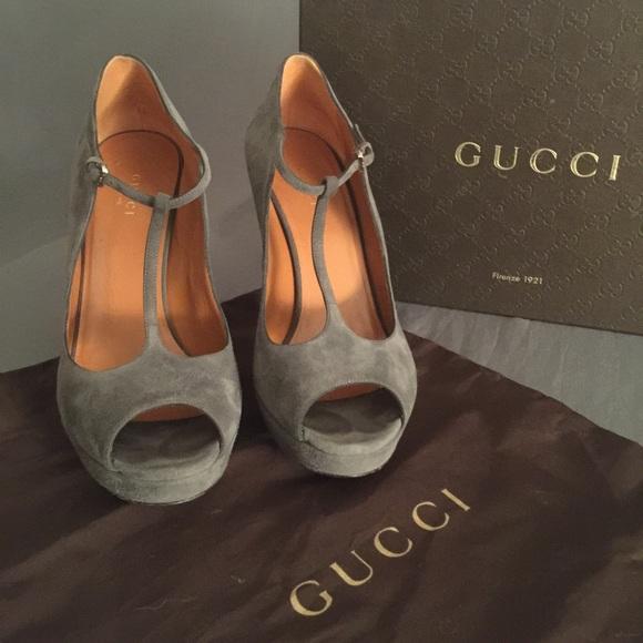 Gucci Shoes | Gucci T Strap Peep Toe