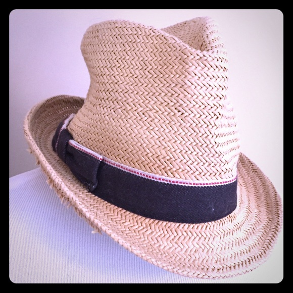 b0f4c6ec Banana Republic Accessories | Straw Hat With Navy And Red Ribbon ...