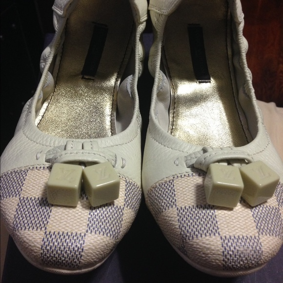 4815bc91cc9 Louis Vuitton Shoes - Louis Vuitton Damier Azur Lovely Ballerina Flats