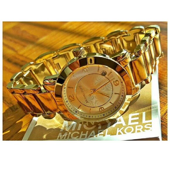 1176a12c1f58 New Michael Kors Janey gold bracelet watch MK3485.  M 5734ee38ea3f36a01200b555
