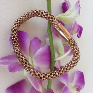 Anthropologie UK rose gold magnetic bracelet. NWT