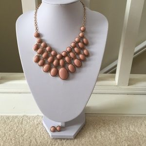 Charming Charlie Jewelry - Cream necklace with matching earrings