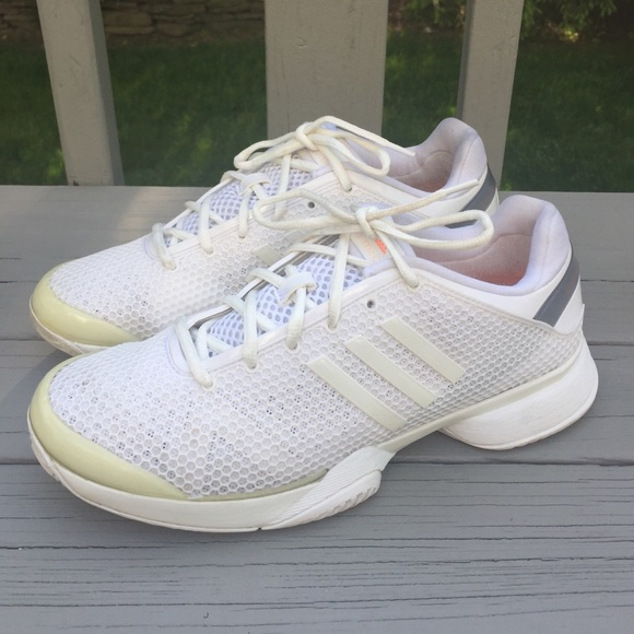 adidas barricade 8 womens is what size