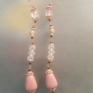 Jewelmint Jewelry - Long bead earrings. Long enough to graze shoulders