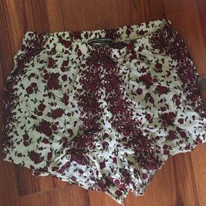 Brandy Melville flower shorts