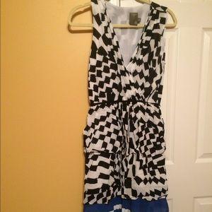 Taylor dress size 6