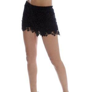 Zara Trafaluc Crochet Shorts Sz M