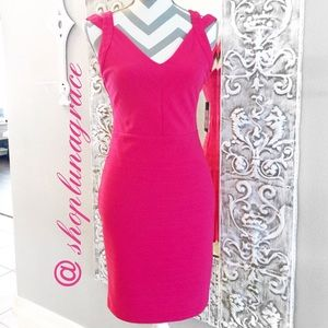 Guess Dresses & Skirts - 🌺HP🌺Guess Raspberry Bodycon Dress