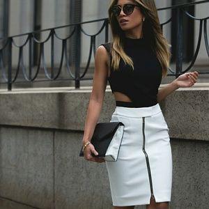 L'AGENCE Corrine Pencil Skirt
